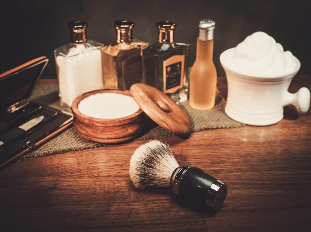 Imagem de produtos para fazer a barba.