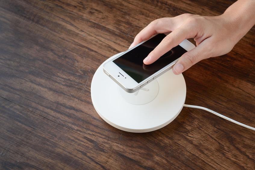 Carregador sem fio para iPhone