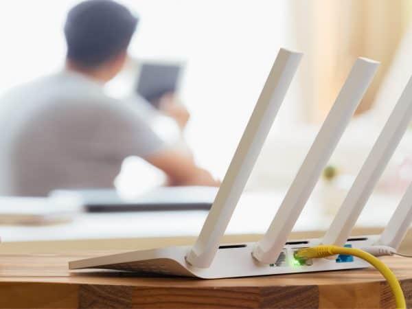 Imagem de antenas de wifi.