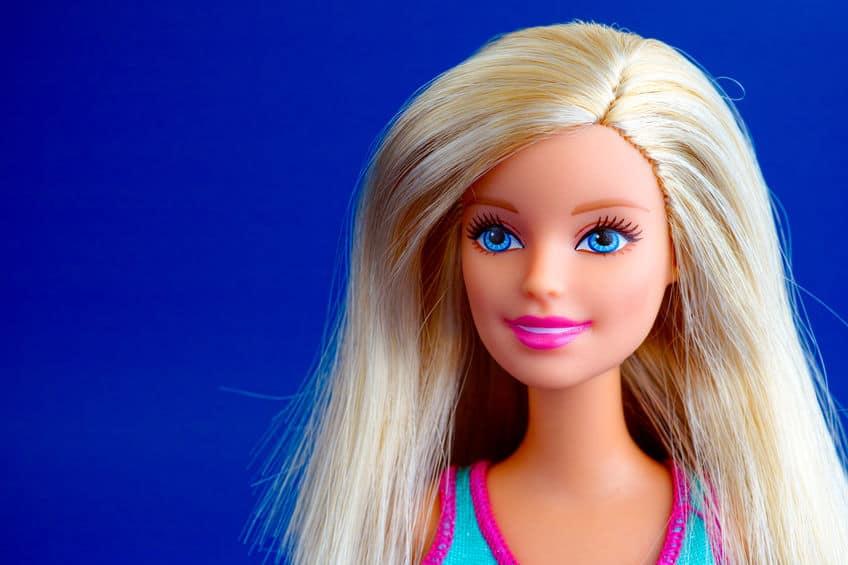 Imagem de barbie loira.