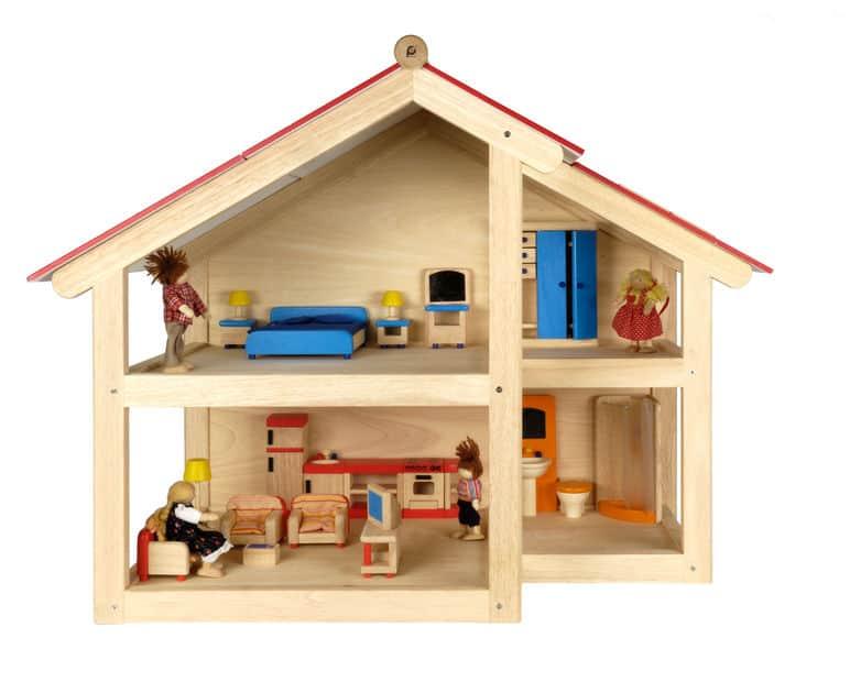 Casa de boneca feita em madeira