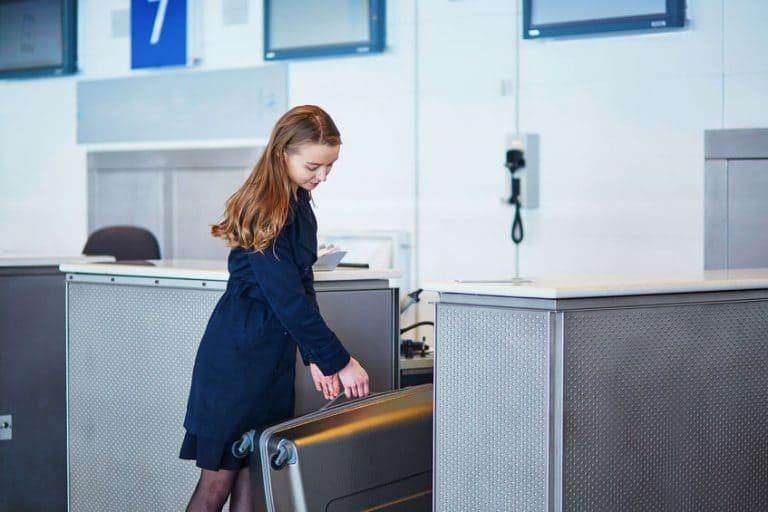 Despacho de maletas al aeropuerto.