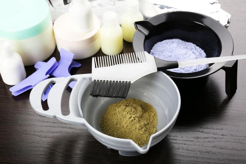 Materiais para tingir o cabelo