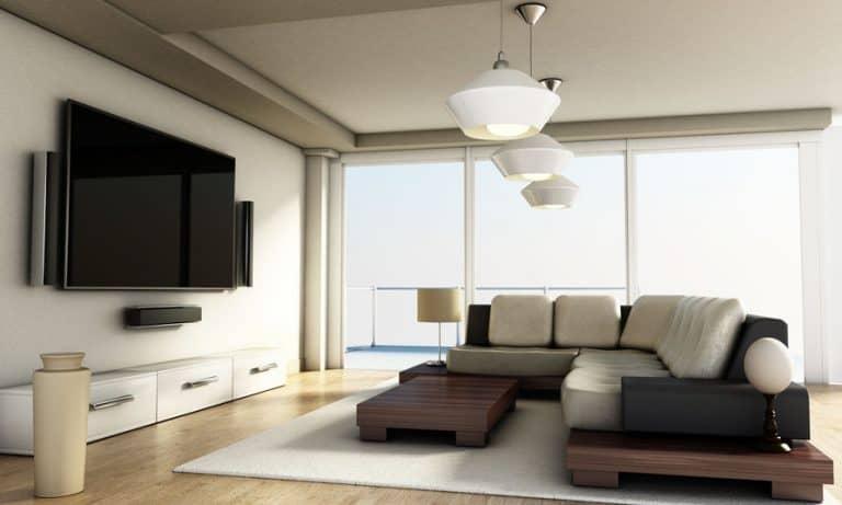 Imagem de sala de estar com TV.