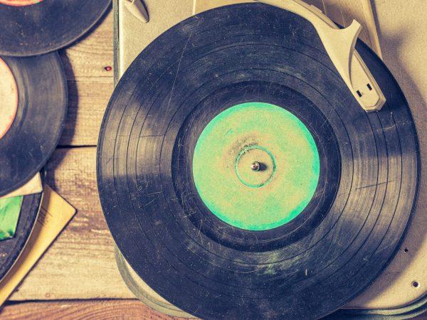 toca-discos antigos
