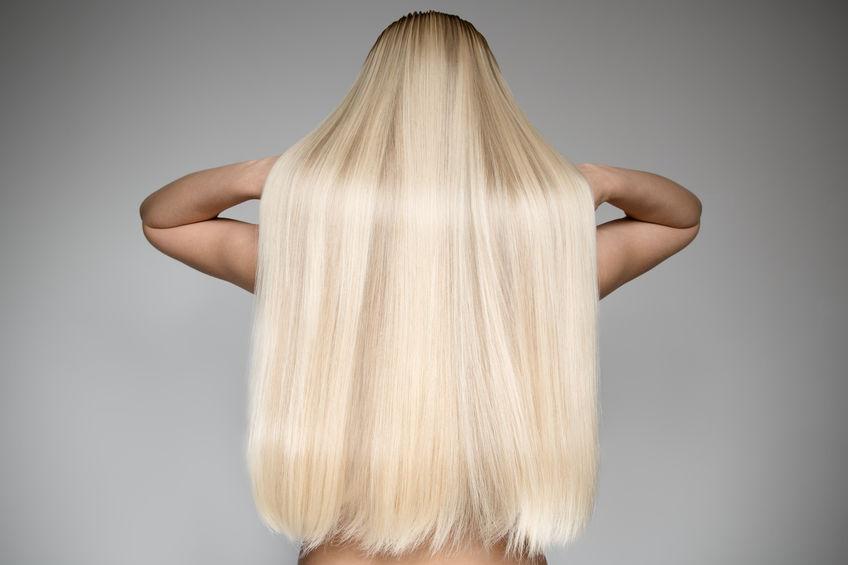 longos cabelos loiros