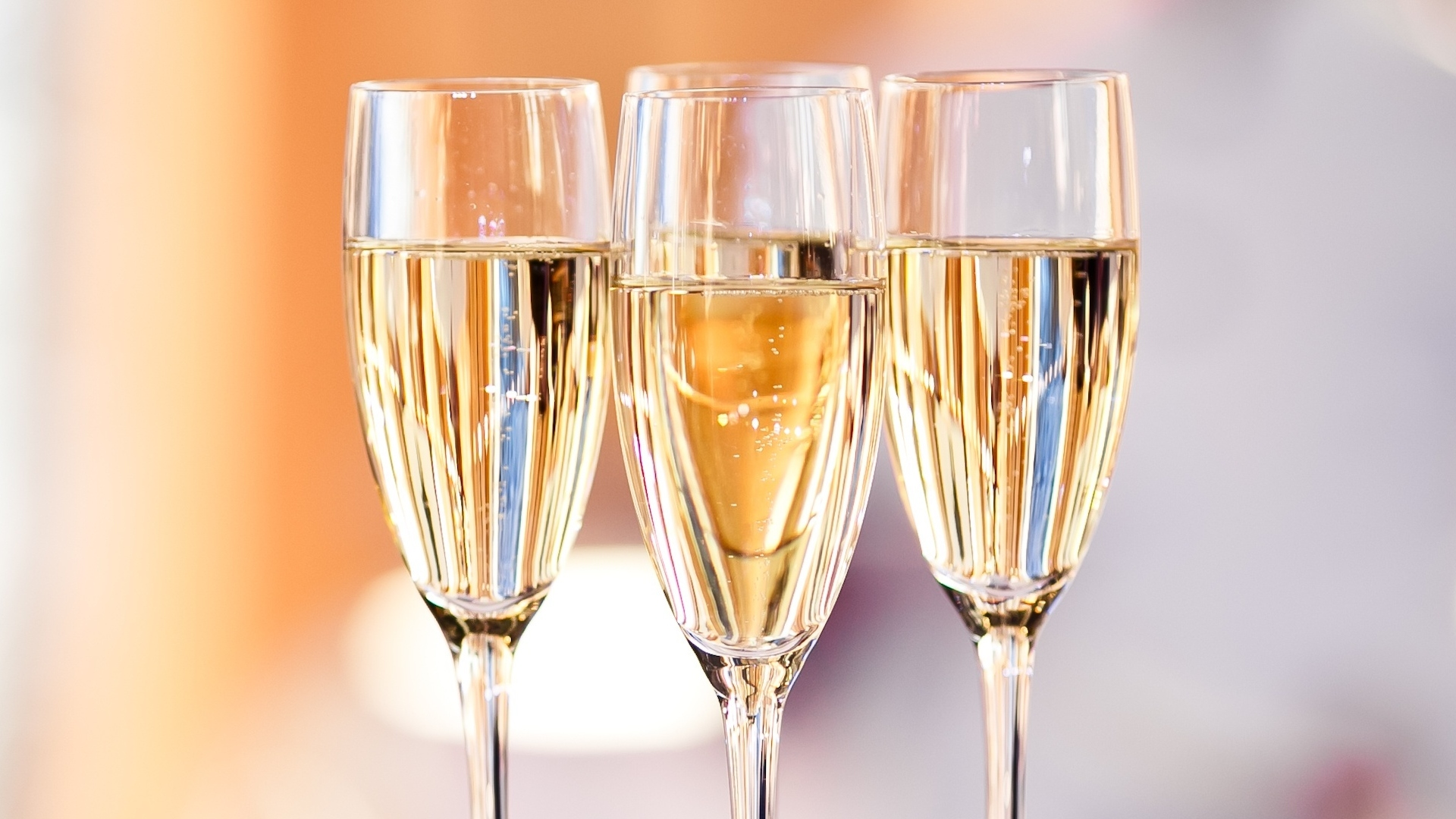sparkling wine cups
