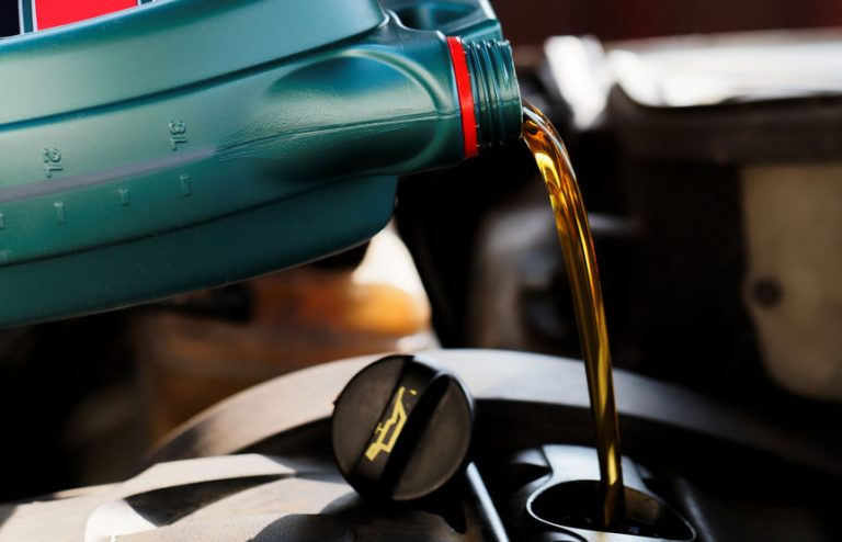 filing car oil