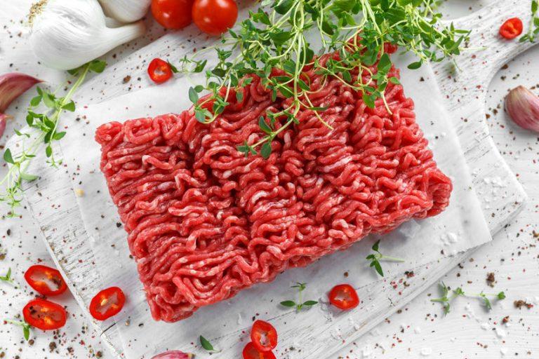 carne moída e especiarias