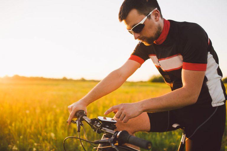 ciclista contando calorias