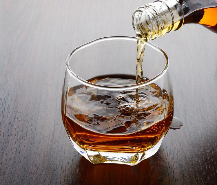 Vaso con bourbon